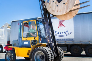 Kartex- największy producent bębnów kablowych w Polsce. Zdjęcia wizerunkowe