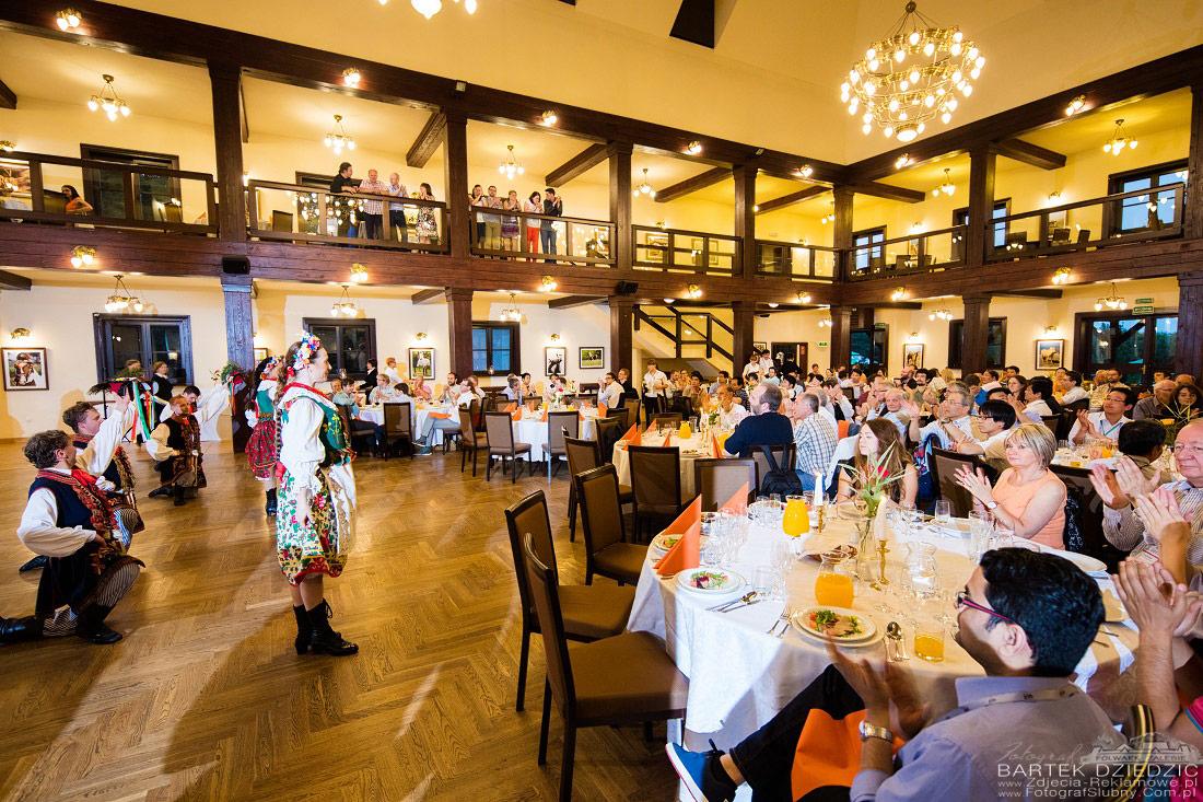 Congress in Cracow. Event Photographer Bartek Dziedzic. Zdjęcia na gala dinner w Folwarku Zalesie.
