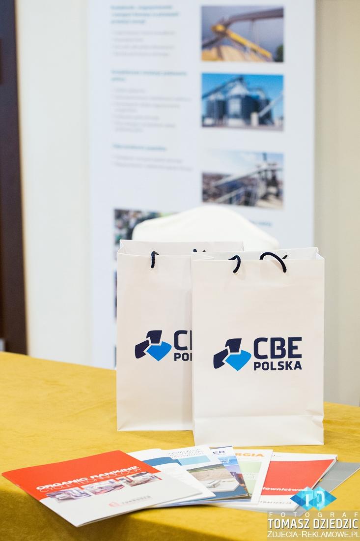 Broszurki i materialy marketingowe na konferencji Warszawa, Kraków