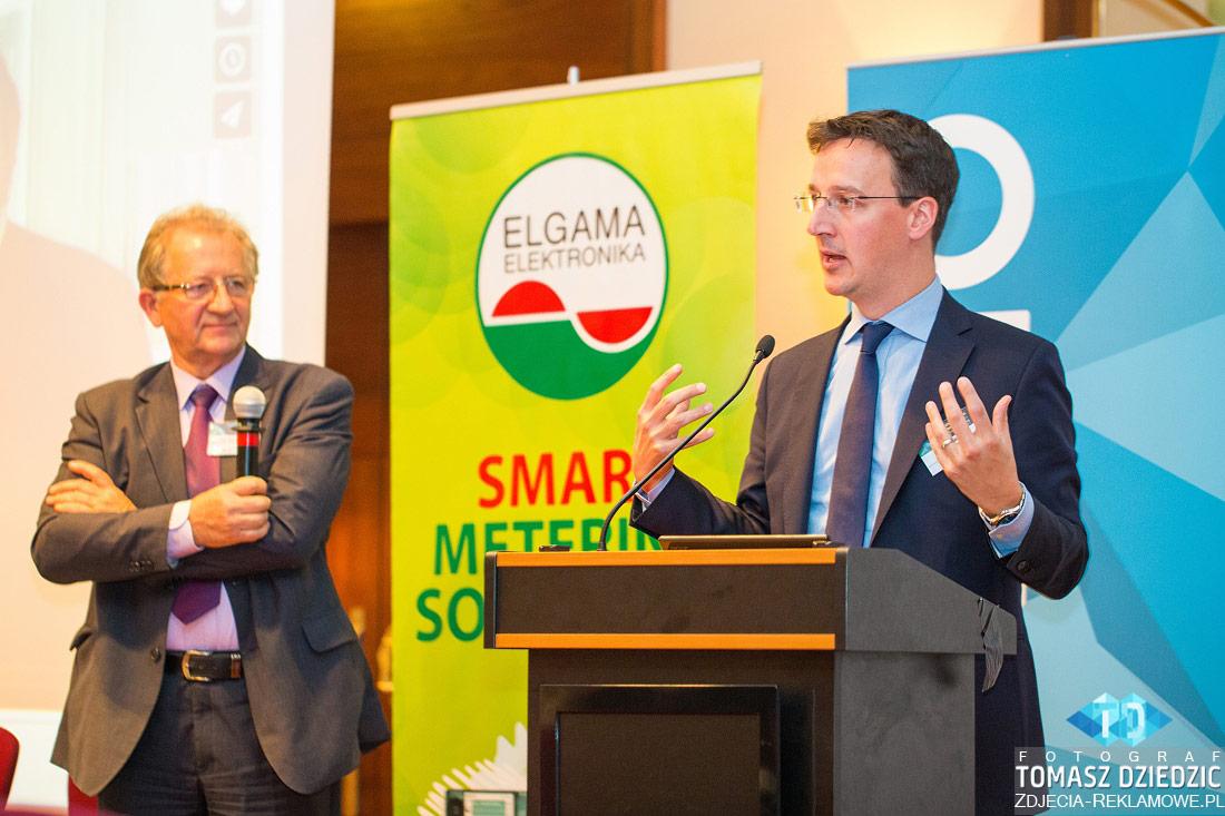 Panel dyskusyjny podczas konferencji Warszawa