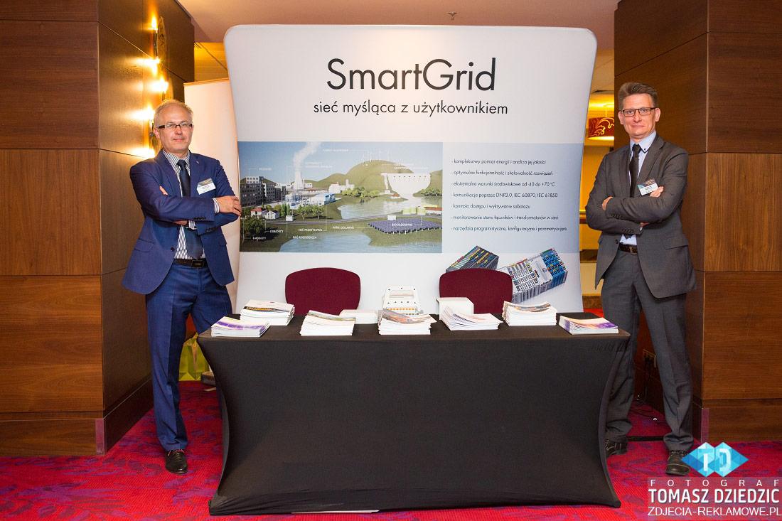 Stoisko firmy SmartGrid podczas konferencji w Warszawie hotel Marriott