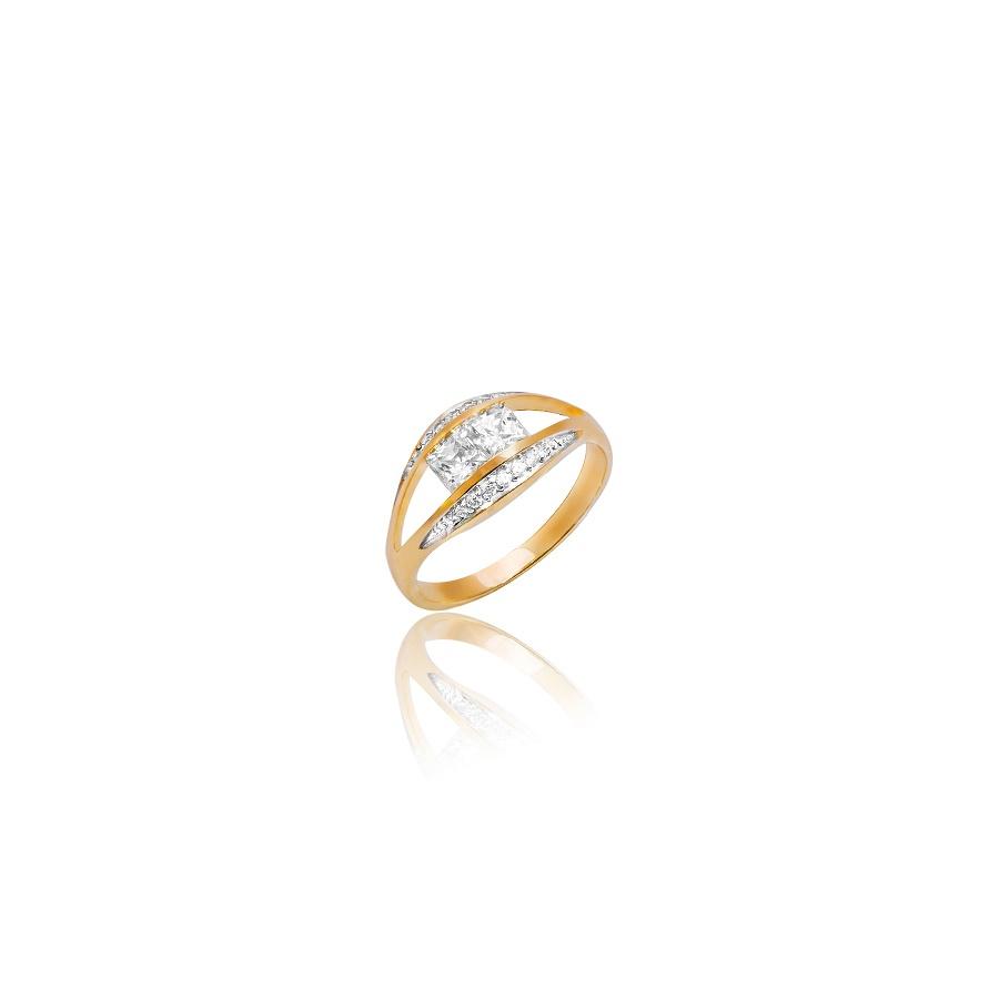 Ciekawy pierścionek ze złota. Fotografia produktowa Kraków