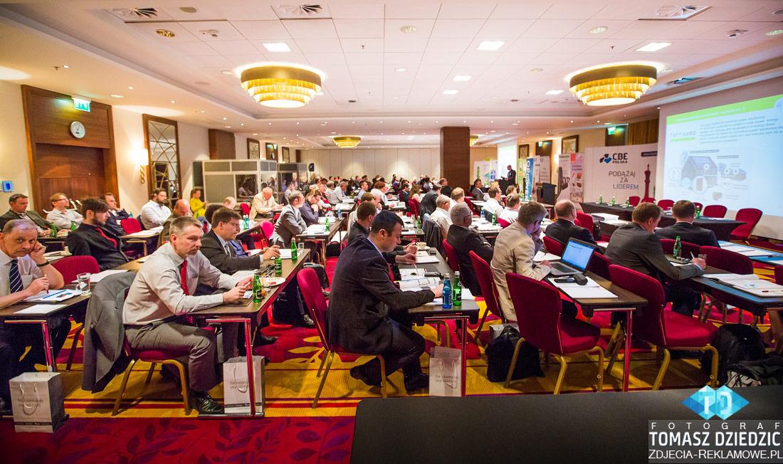 Zdjęcia reklamowe Tomasz Dziedzic. Konferencje Warszawa